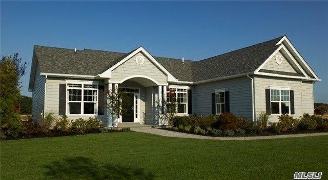 19 Stargazer Dr, Eastport, NY 11941 (MLS #2993049) :: Netter Real Estate