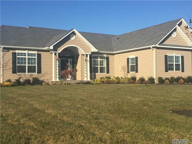28 Stargazer Dr, Eastport, NY 11941 (MLS #2993350) :: Netter Real Estate