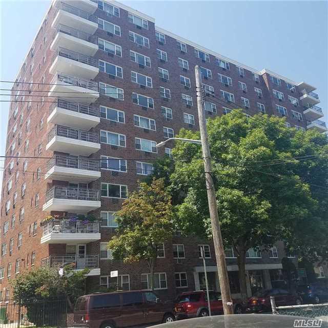 89-00 170 St 7P, Jamaica, NY 11432 (MLS #2993404) :: Netter Real Estate