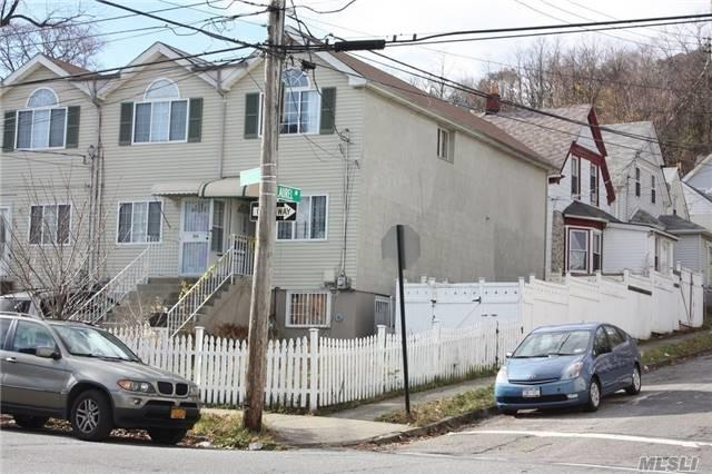 294 Targee St, Out Of Area Town, NY 10304 (MLS #2994021) :: Netter Real Estate