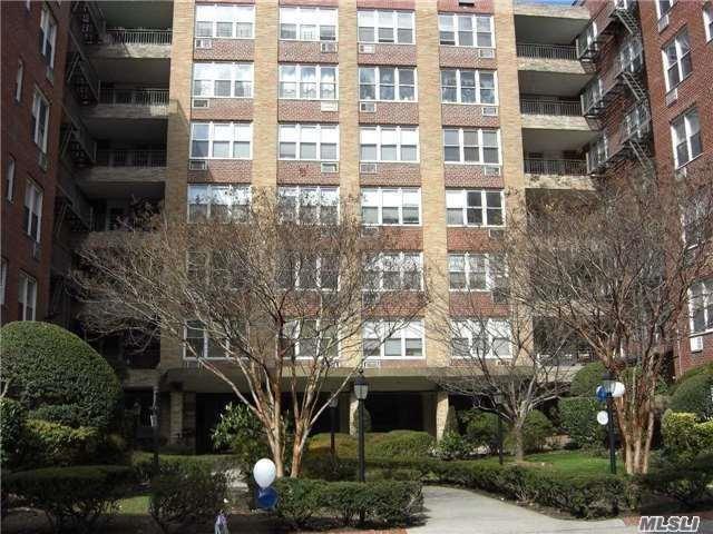 94-11 59 Ave 1 A, Elmhurst, NY 11373 (MLS #2997691) :: Netter Real Estate