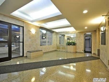 140-21 31 Rd #2, Flushing, NY 11354 (MLS #2997988) :: Netter Real Estate