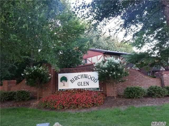 25 Glen Hollow Dr H-39, Holtsville, NY 11742 (MLS #2999925) :: Netter Real Estate