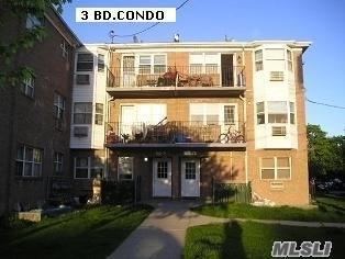 150-19 95 St #3, Ozone Park, NY 11417 (MLS #3001342) :: Netter Real Estate