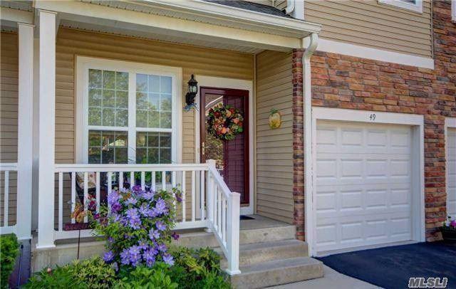49 Warwick Dr, Massapequa, NY 11758 (MLS #3002252) :: Netter Real Estate