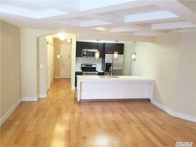 64-05 Yellowstone Blvd #318, Forest Hills, NY 11375 (MLS #3003132) :: Netter Real Estate