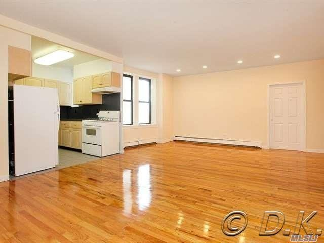 25 W Broadway #301, Long Beach, NY 11561 (MLS #3003387) :: Netter Real Estate