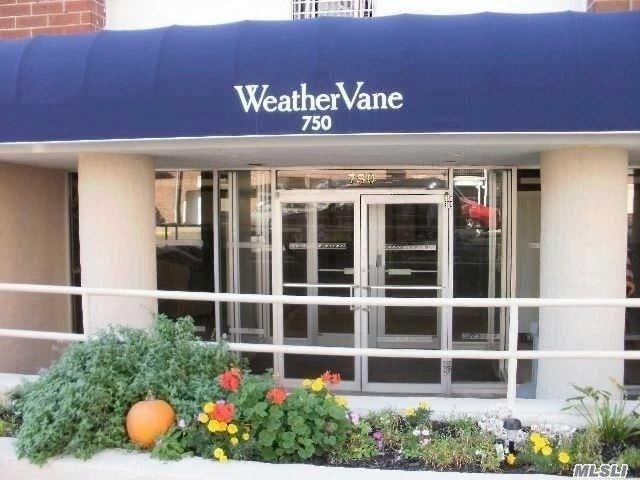 750 Shore Road 4E, Long Beach, NY 11561 (MLS #3003925) :: Netter Real Estate