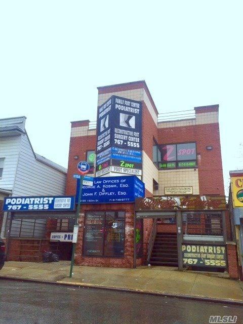 12-57 150th St, Whitestone, NY 11357 (MLS #3004803) :: Netter Real Estate