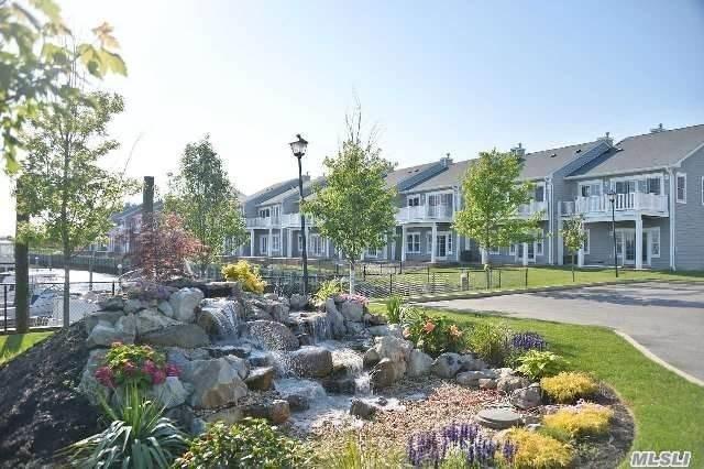 46 Ocean Watch Ct #46, Freeport, NY 11520 (MLS #3005562) :: Keller Williams Homes & Estates