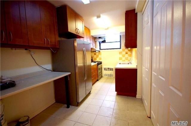 138-25 31st Dr P-1, Flushing, NY 11354 (MLS #3005571) :: Netter Real Estate