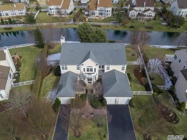 21 Pondview, St. James, NY 11780 (MLS #3006148) :: Netter Real Estate