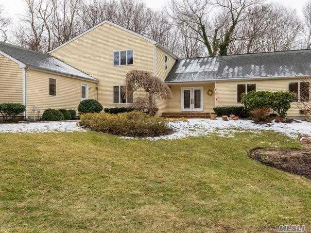7 Alka Dr, Setauket, NY 11733 (MLS #3006177) :: Keller Williams Homes & Estates