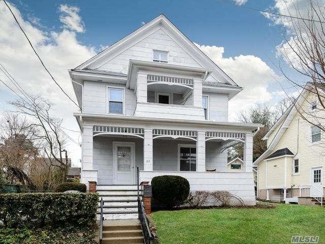 27 Herbert Ave, Port Washington, NY 11050 (MLS #3006399) :: The Lenard Team