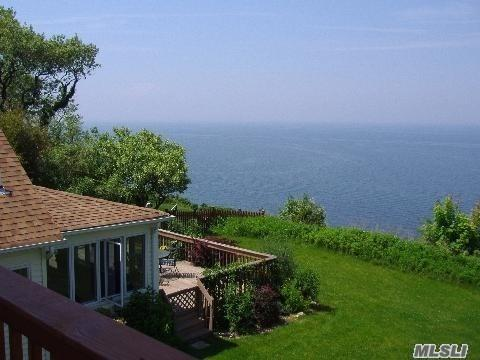 11 Wildwood Rd, Rocky Point, NY 11778 (MLS #3007405) :: Netter Real Estate