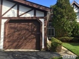 38 Briar Hill Ct, Middle Island, NY 11953 (MLS #3008681) :: Netter Real Estate