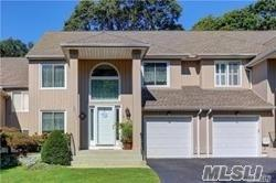 9 Stone Gate Ct, Smithtown, NY 11787 (MLS #3008861) :: Netter Real Estate