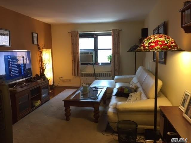 102-45 67th Rd 6P, Forest Hills, NY 11375 (MLS #3009852) :: Netter Real Estate
