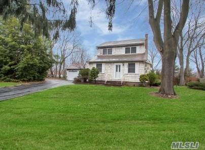 195 Gibbs Pond Rd, Nesconset, NY 11767 (MLS #3010611) :: The Lenard Team