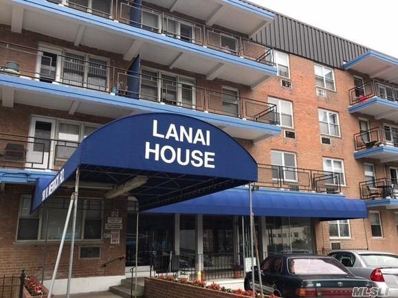 190 W Merrick Rd 3B, Freeport, NY 11520 (MLS #3010967) :: Netter Real Estate