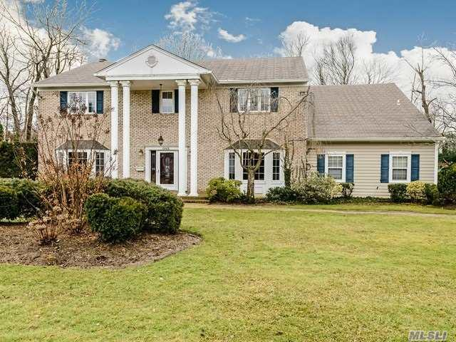 1 Harbor Ct, Roslyn Harbor, NY 11576 (MLS #3013770) :: Platinum Properties of Long Island