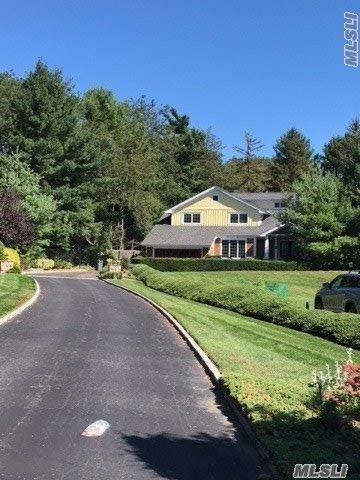 9 Townsend Dr, Syosset, NY 11791 (MLS #3014000) :: The Kalyan Team