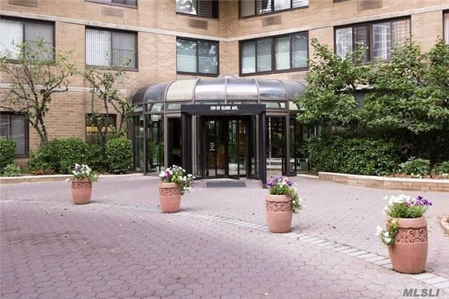 138-35 Elder Ave 1K, Flushing, NY 11355 (MLS #3018227) :: Netter Real Estate