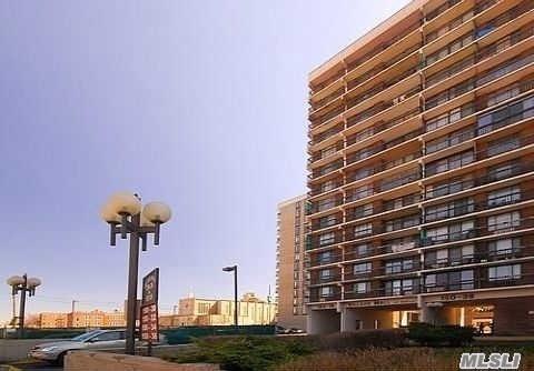 150-38 Union Tpke 1 E, Fresh Meadows, NY 11365 (MLS #3021913) :: Netter Real Estate