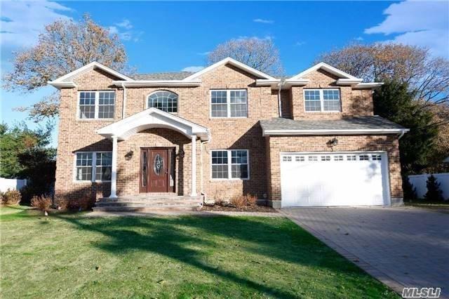 19 Niagara Dr, Jericho, NY 11753 (MLS #3022650) :: Netter Real Estate