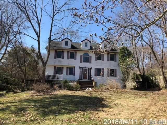 92 Fort Salonga Rd, Northport, NY 11768 (MLS #3023024) :: Platinum Properties of Long Island
