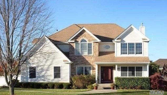 131 Fig Dr, Dix Hills, NY 11746 (MLS #3023505) :: Platinum Properties of Long Island