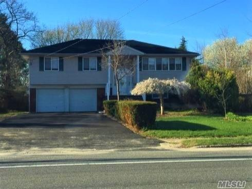162 Burr Rd, Commack, NY 11725 (MLS #3023544) :: Platinum Properties of Long Island