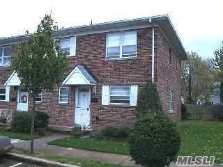 1030 Franklin Ave #14, Valley Stream, NY 11580 (MLS #3023829) :: The Lenard Team