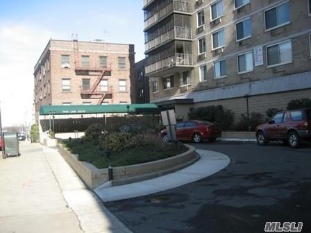 118-18 Union Tpke 6H, Kew Gardens, NY 11415 (MLS #3026331) :: Netter Real Estate