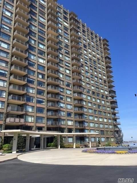 166-25 Powells Cove Blvd 4D, Beechhurst, NY 11357 (MLS #3027606) :: Netter Real Estate