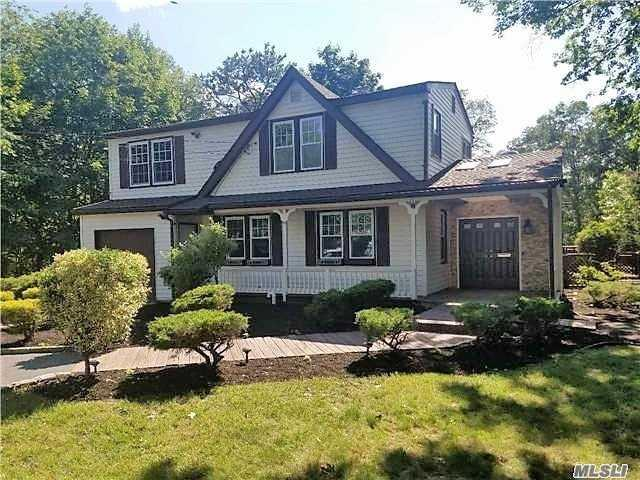12 Pinewood Ave, Central Islip, NY 11722 (MLS #3028874) :: Netter Real Estate