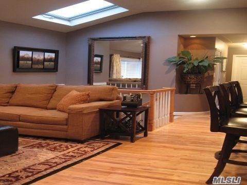 221 Erlanger Blvd, N. Babylon, NY 11703 (MLS #3030434) :: Netter Real Estate