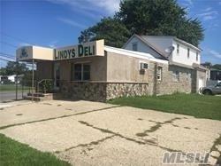 280 E. John, Lindenhurst, NY 11757 (MLS #3030739) :: Netter Real Estate