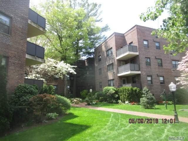 50 Brompton 1C, Great Neck, NY 11021 (MLS #3031113) :: Signature Premier Properties