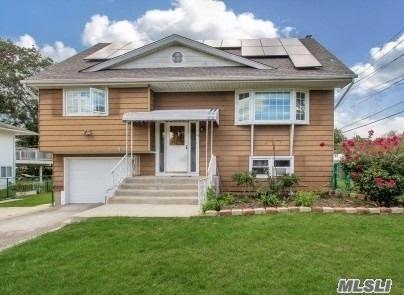 68 Vermont Ave, W. Babylon, NY 11704 (MLS #3031916) :: Netter Real Estate