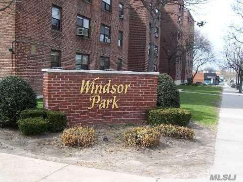 75-25 210th St 2H, Bayside, NY 11364 (MLS #3032909) :: Shares of New York