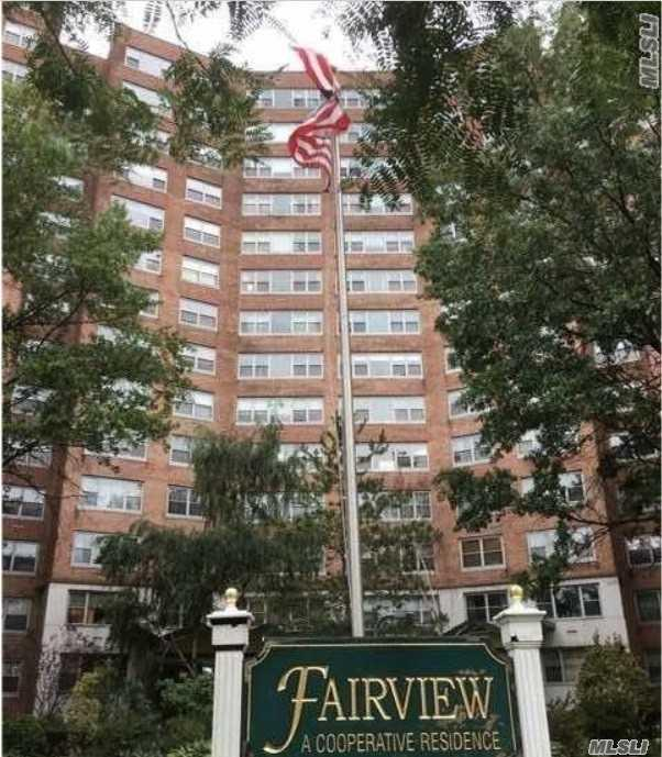 61-20 Grand Central Pky B-205, Forest Hills, NY 11375 (MLS #3033248) :: The Lenard Team