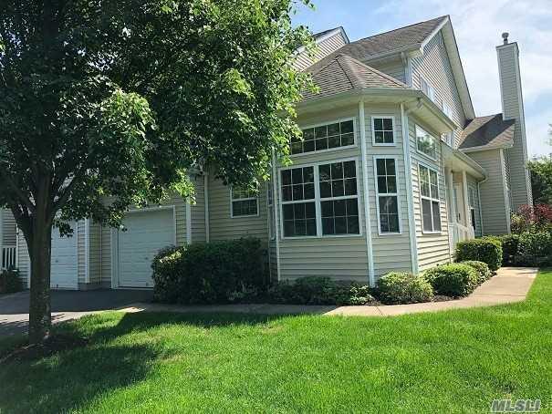 49 Crossbar Rd, Medford, NY 11763 (MLS #3034332) :: Keller Williams Points North