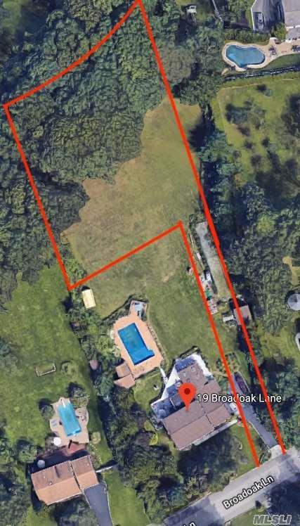 19-1 Broadoak Ln, Dix Hills, NY 11746 (MLS #3036262) :: Netter Real Estate