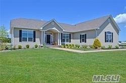 38 Stargazer Dr, Eastport, NY 11941 (MLS #3038230) :: Netter Real Estate
