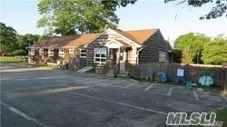 59 Ponquogue Ave, Hampton Bays, NY 11946 (MLS #3039617) :: Netter Real Estate