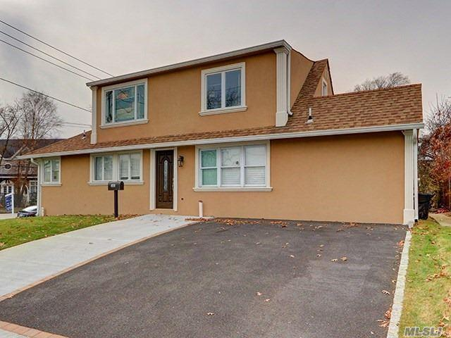 4999 Merrick Rd, Massapequa, NY 11758 (MLS #3040130) :: The Lenard Team