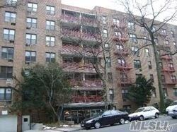 43-25 Douglaston Pky 4D, Douglaston, NY 11363 (MLS #3040212) :: Netter Real Estate