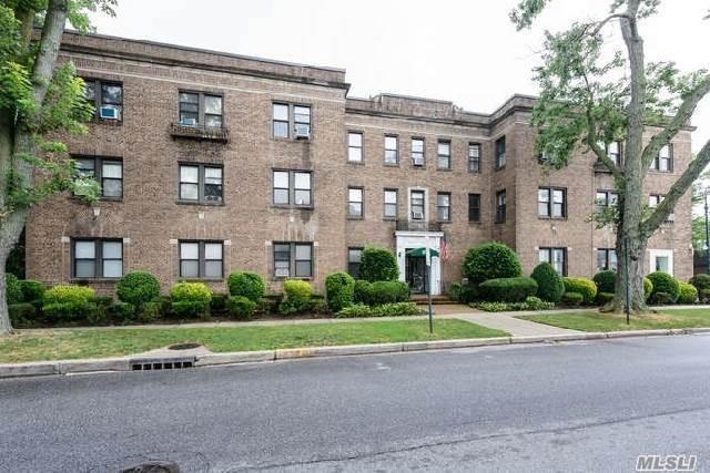 222 7th St 3E, Garden City, NY 11530 (MLS #3040379) :: The Lenard Team