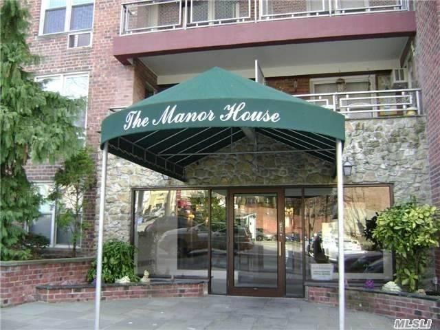 241-20 Northern Blvd 3D, Douglaston, NY 11362 (MLS #3041090) :: Netter Real Estate